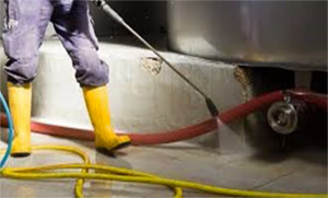 Oil & Hazardous Chemical Cleaning
